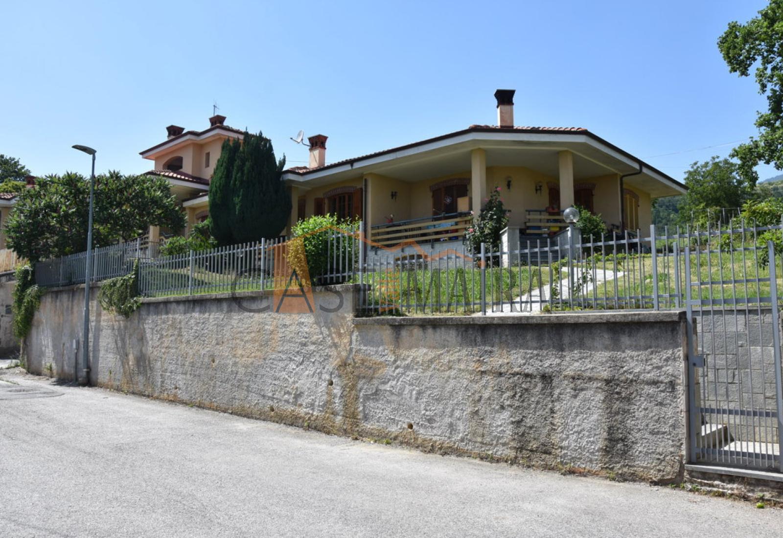 Via Alberto Travaglini, DRONERO, 12025, 4 Stanze da Letto Stanze da Letto, ,Villa bifamiliare,In vendita,Via Alberto Travaglini,1023